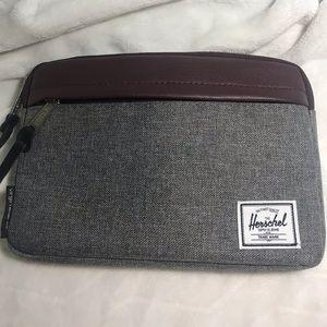 Rare Herschel supply Co Virgin Atlantic Travel Bag